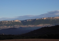 Mountain-backdrop-walking-Camino-de-Santiago-2014