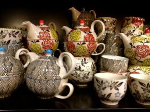 T2 Tea cups & teapots